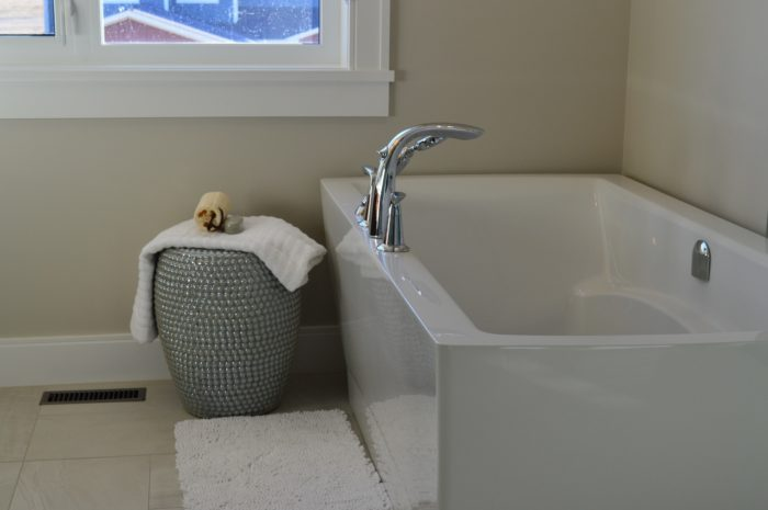Broward Bath Tub Reglazing & Tub Resurfacing Contractors-We do Water Bathroom Bathtub Reglazing, Bathtub Refinishing, Tub Resurfacing, Bathtub Restoration, Countertop Resurfacing, Ceramic Tile Refinishing, Acid Free Reglazing, Commercial Bathroom Reglazing, and more