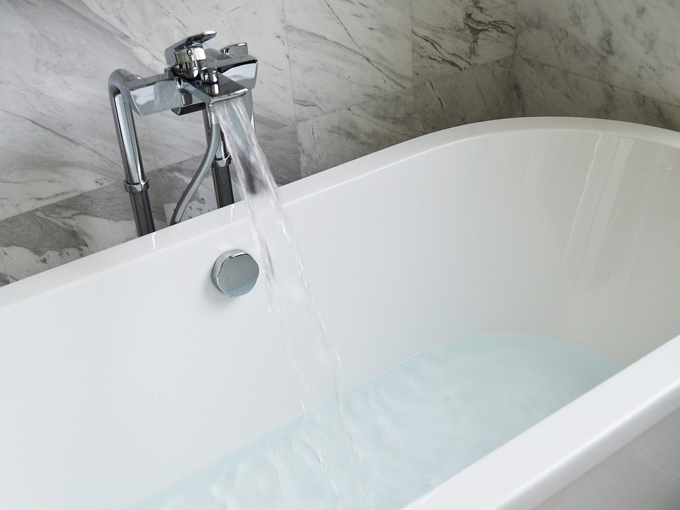 Aliphatic Urethane Coating System-Broward Bath Tub Reglazing & Tub Resurfacing Contractors-We do Water Bathroom Bathtub Reglazing, Bathtub Refinishing, Tub Resurfacing, Bathtub Restoration, Countertop Resurfacing, Ceramic Tile Refinishing, Acid Free Reglazing, Commercial Bathroom Reglazing, and more